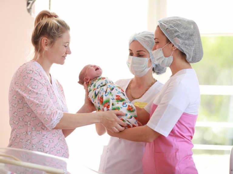Пять детей родились в Сочи в новогоднюю ночь